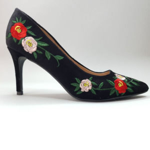 A New Day Gemma Black Floral Pointed Pumps 8